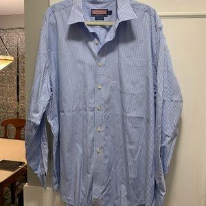 Vinyard vines dress shirt
